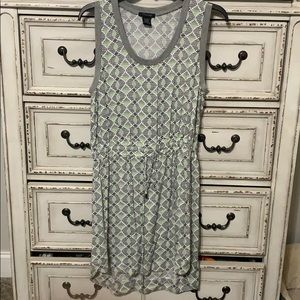 Timing sleeveless dress